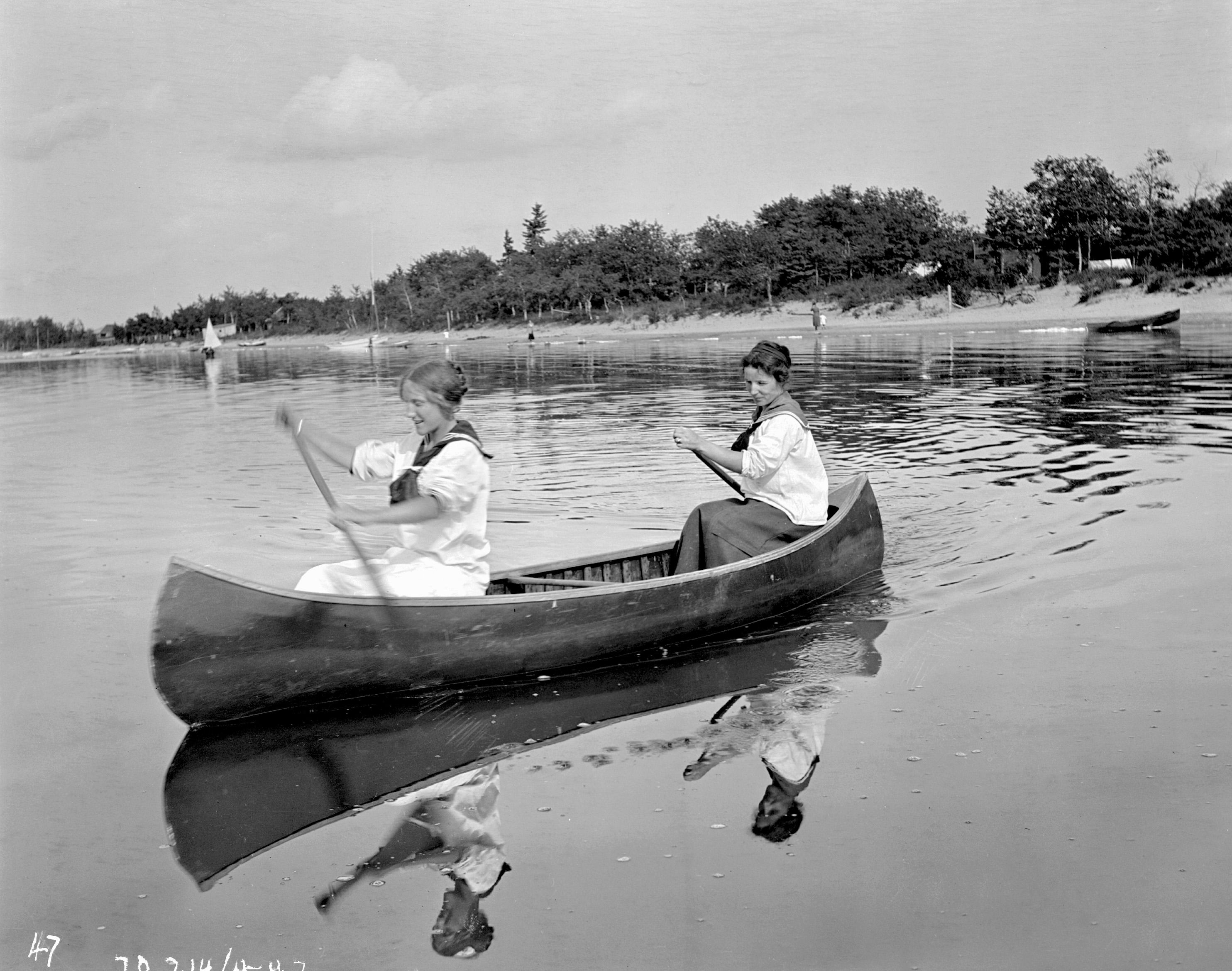 file agnes and elsie canoeing on gull lake 19359252906 jpg