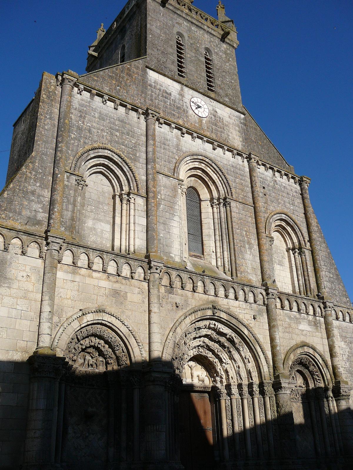 Glise saint pierre de pont l 39 abb d 39 arnoult wikip dia - Piscine pont st pierre 27 ...