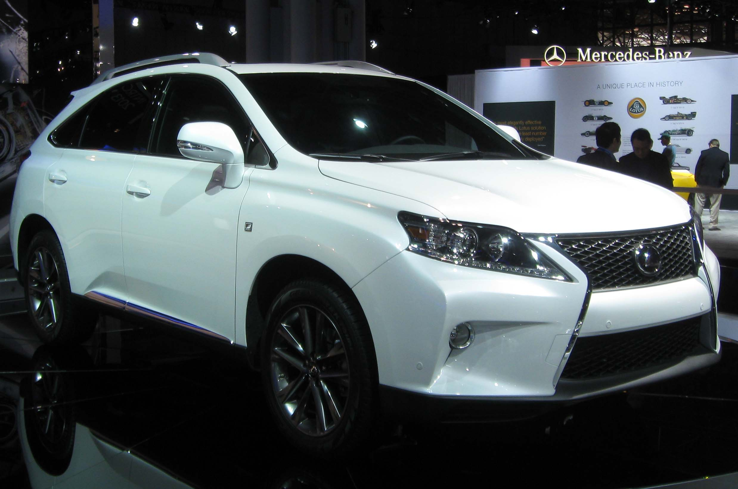 file 2013 lexus rx350 f sport 2012 nyias jpg wikimedia commons. Black Bedroom Furniture Sets. Home Design Ideas