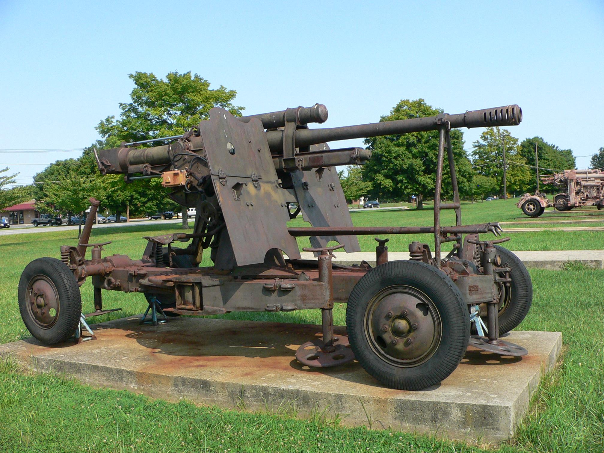 File:85 mm air defense gun M1939 (52-K) 11.jpg - Wikimedia ...