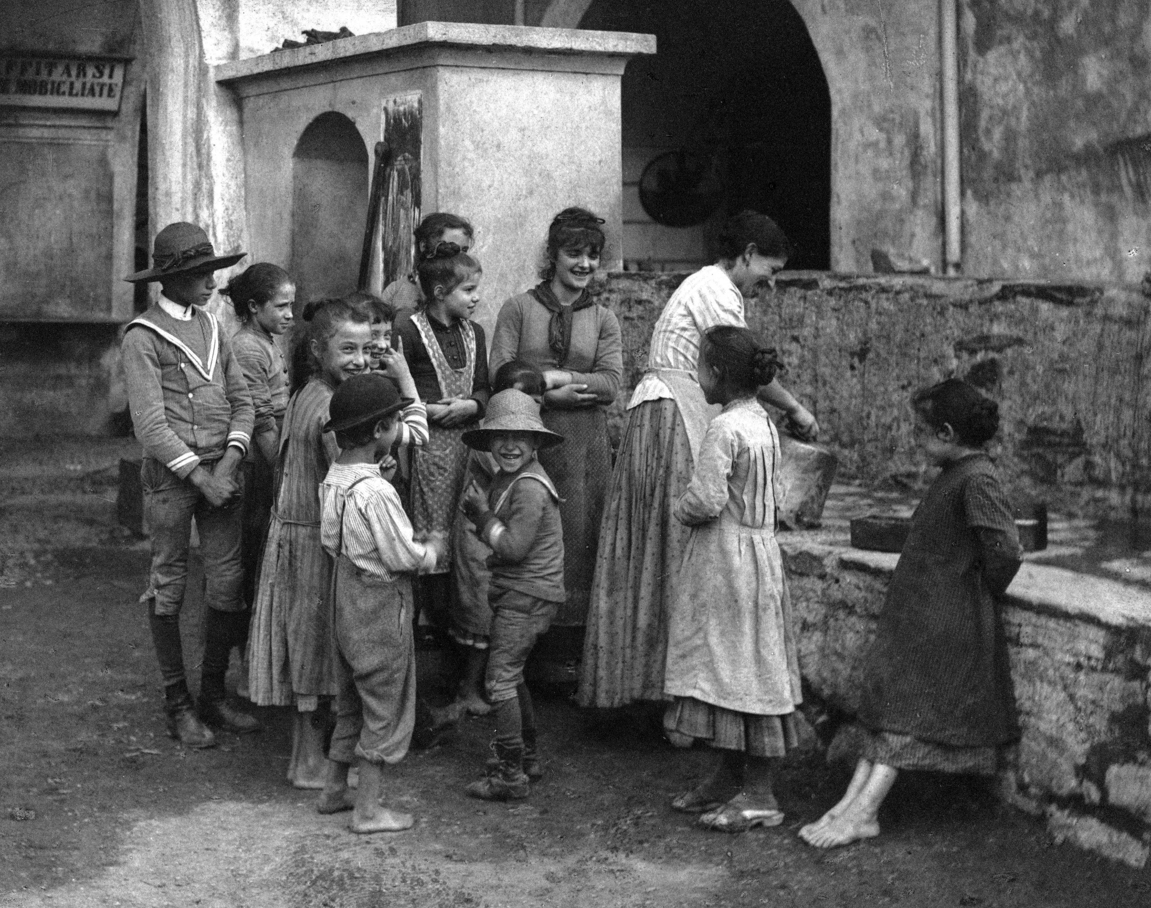 Alfred Stieglitz - The Last Joke Bellagio, 1887