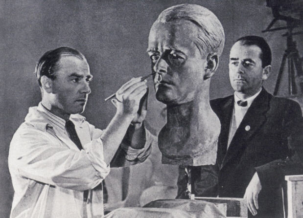 Albert Speer (born )