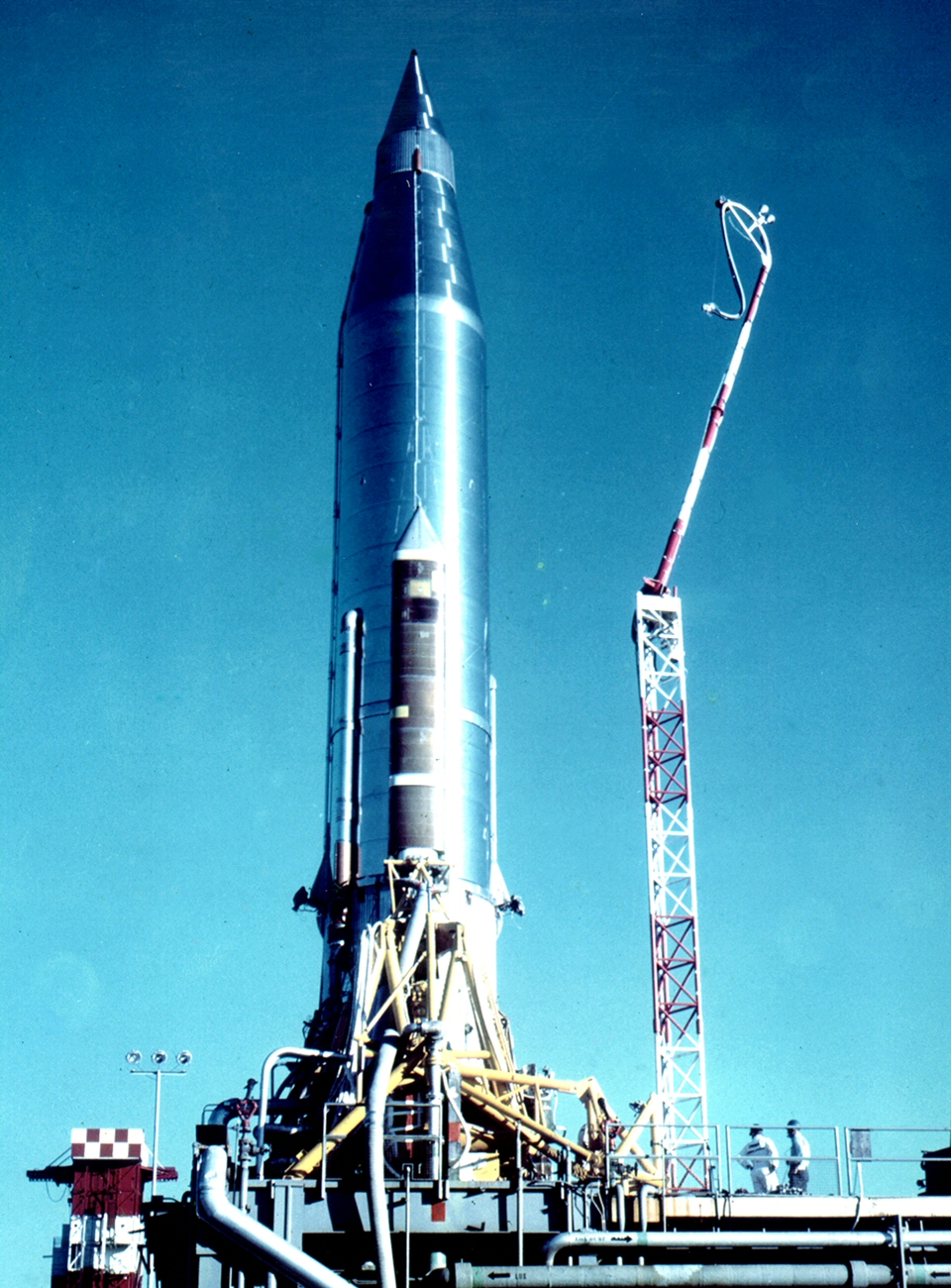http://upload.wikimedia.org/wikipedia/commons/0/09/Atlas-B_with_Score_payload.jpg