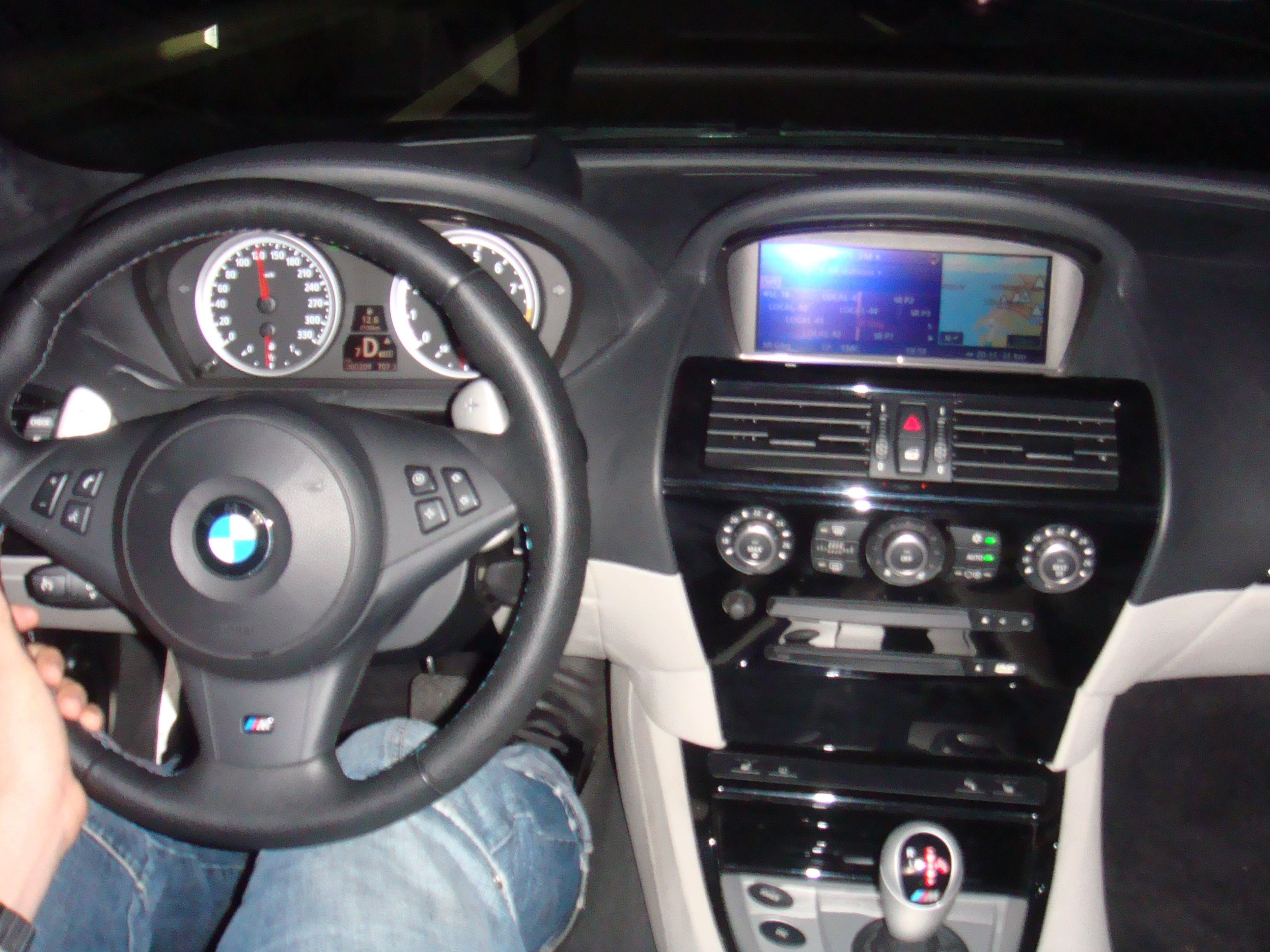 Http Commons Wikimedia Org Wiki File Bmw M6 Interior Jpg