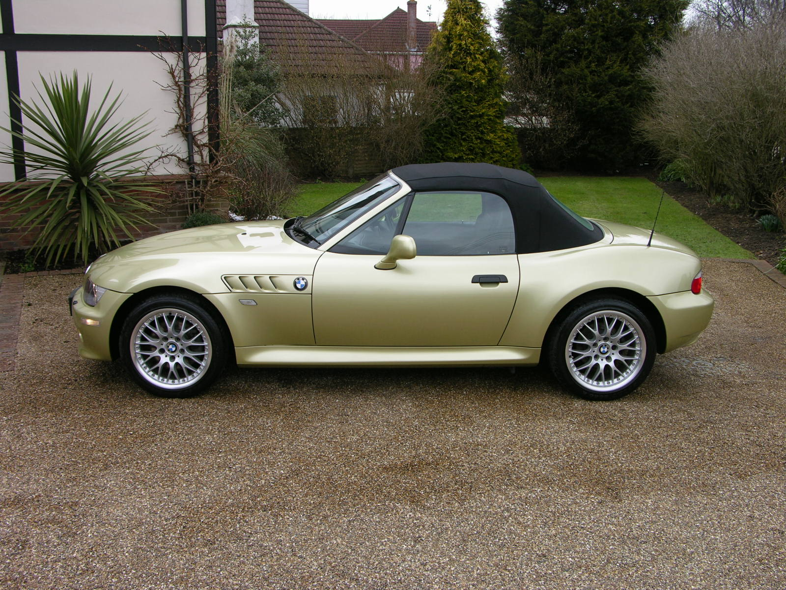 Bmw Z3 Wiki File Bmw Z3 Side Jpg Wikimedia Commons File