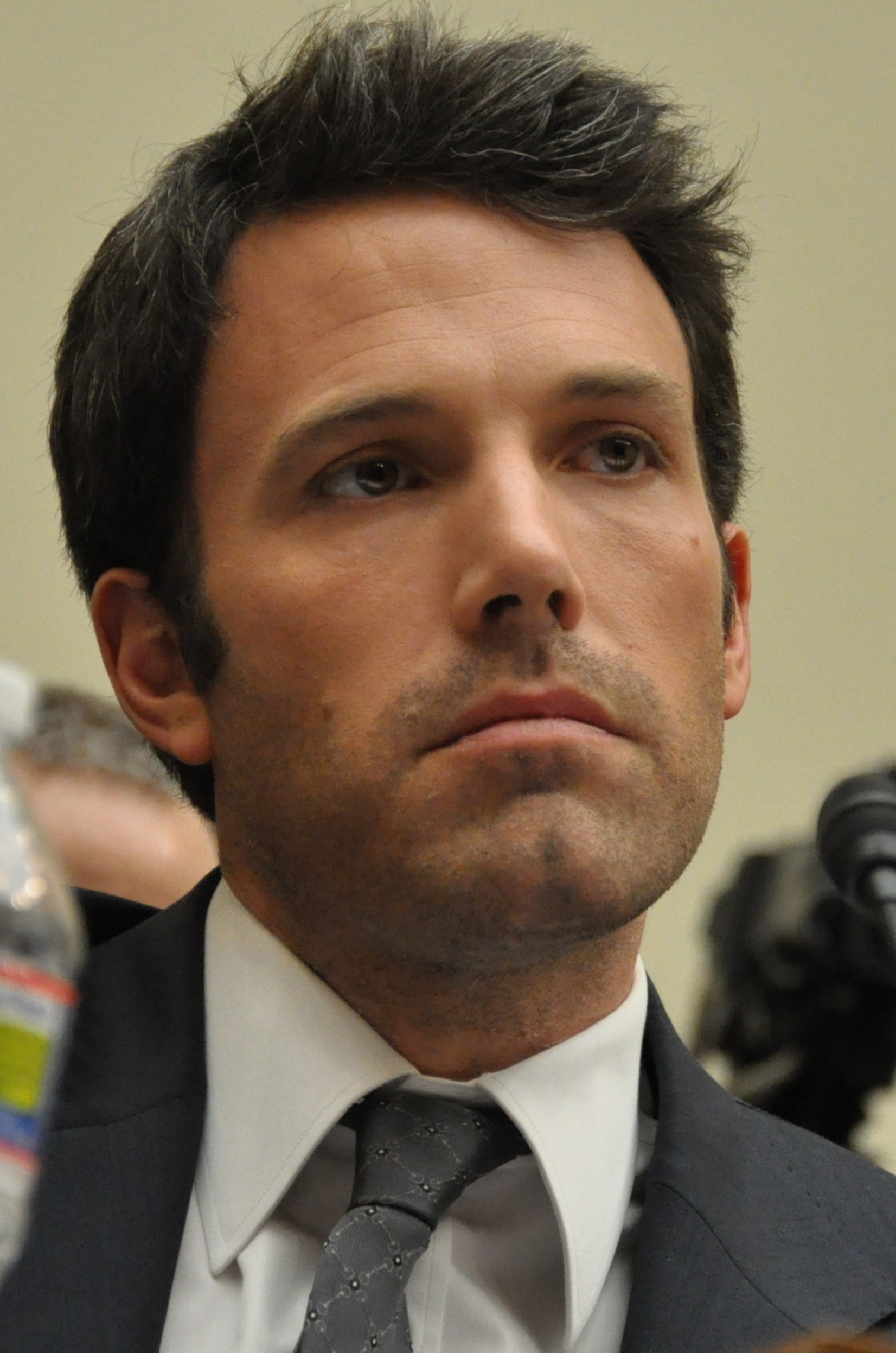 6 Things We Know About Ben Affleck's New Girlfriend Lindsay Shookus