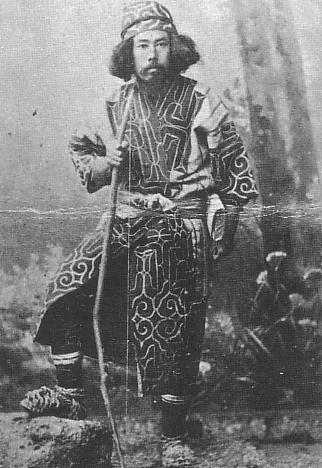 Benzo Yoda wearing Ainu Dress