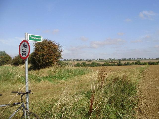 Bridleway looking to Brampton Valley Way - geograph.org.uk - 1516417