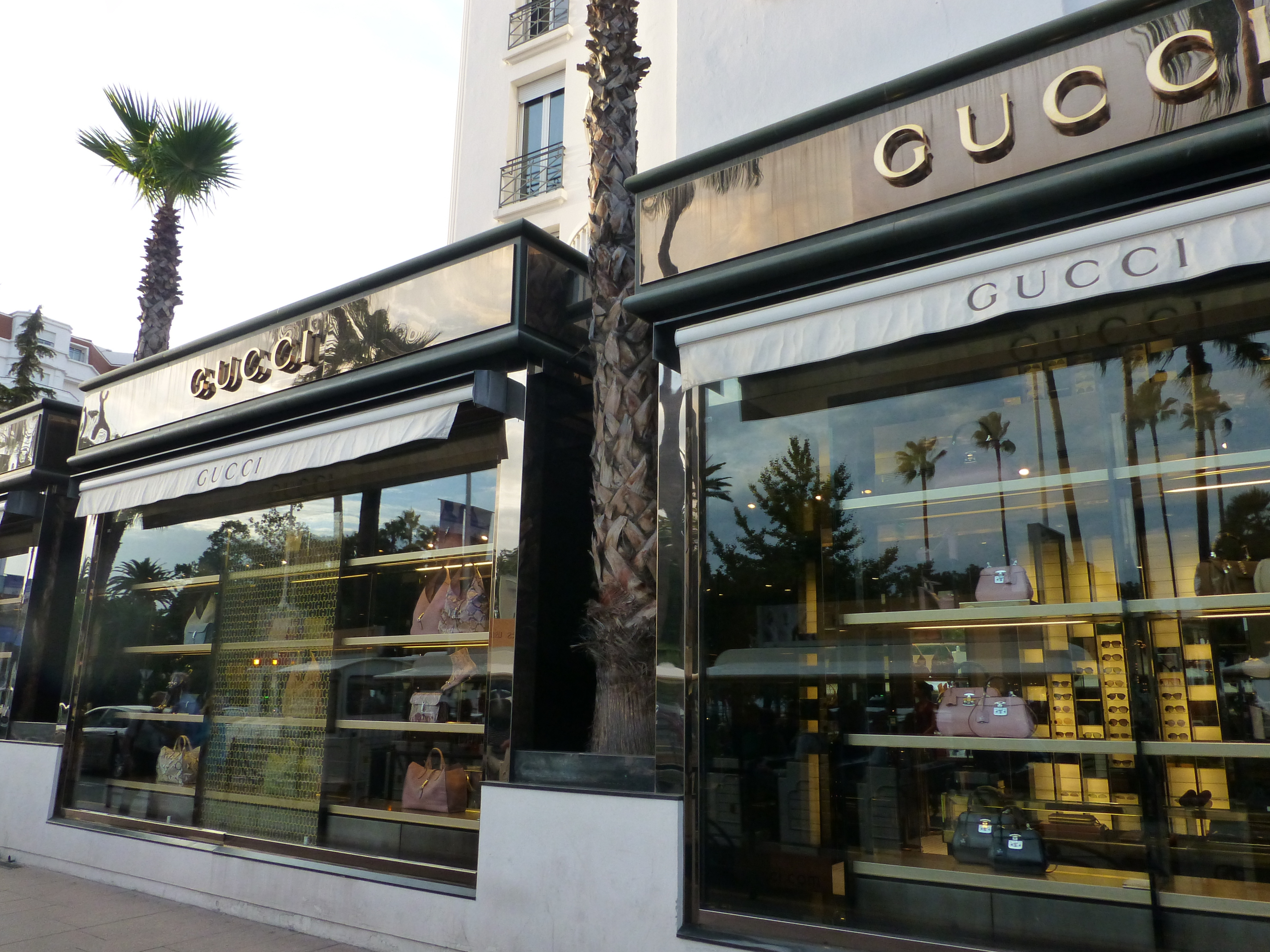 File Cannes - GUCCI - panoramio.jpg - Wikimedia Commons 65eb6f4dcc8