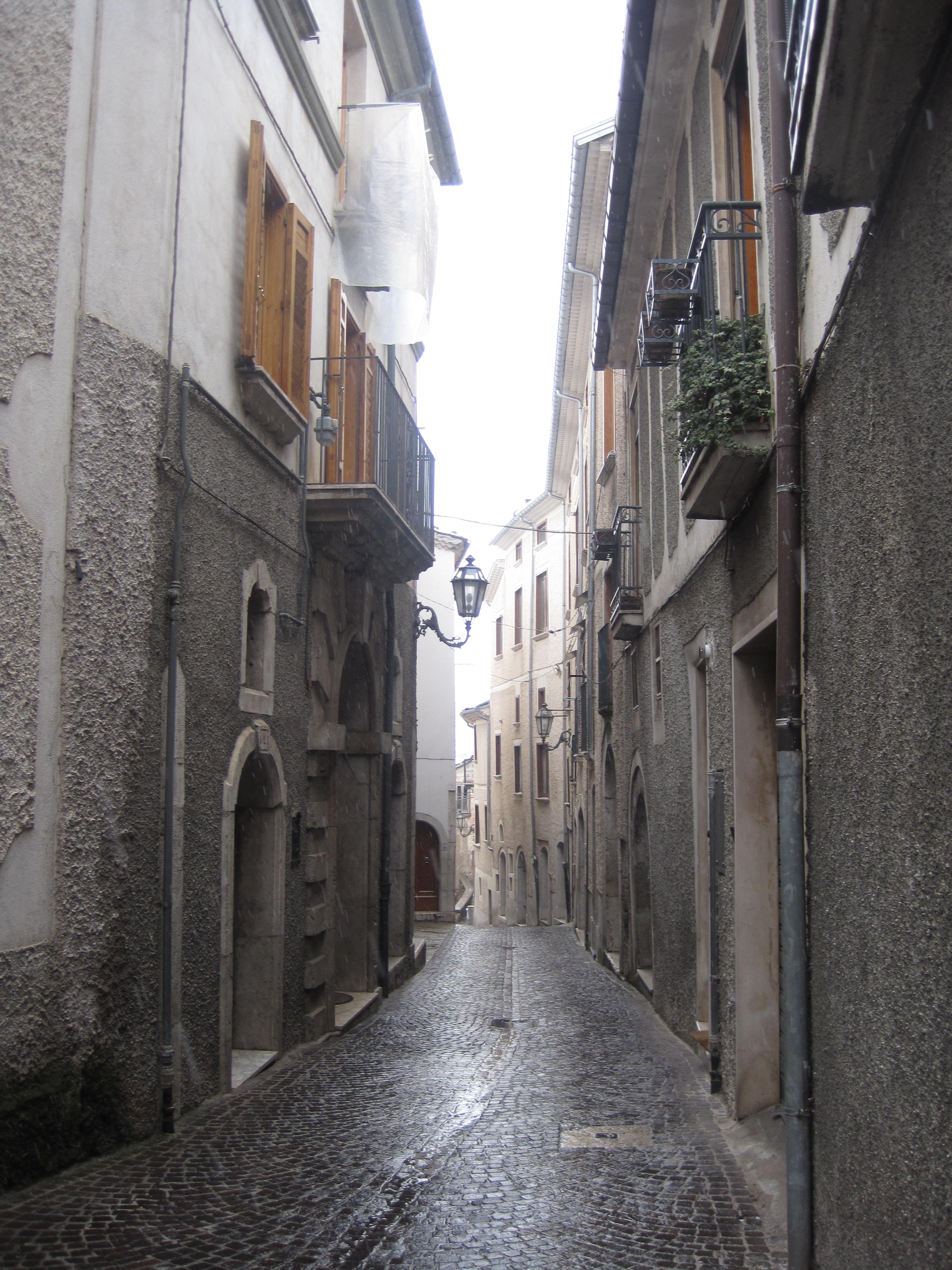 File:Centro Storico Bagnoli Irpino.jpg - Wikimedia Commons