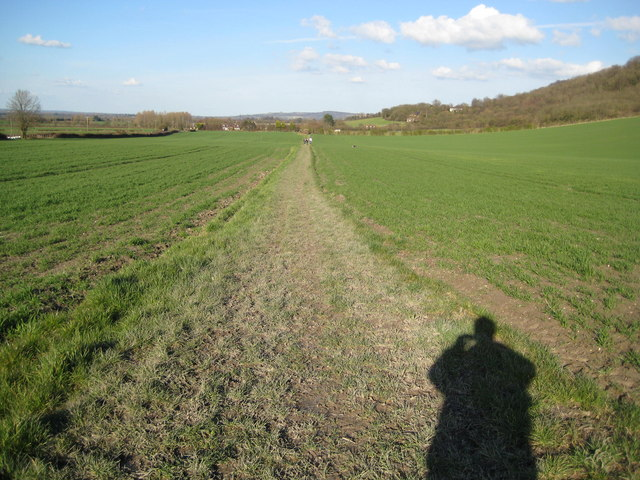 Chinnor, Footpath to Lower Wainhill - geograph.org.uk - 750762