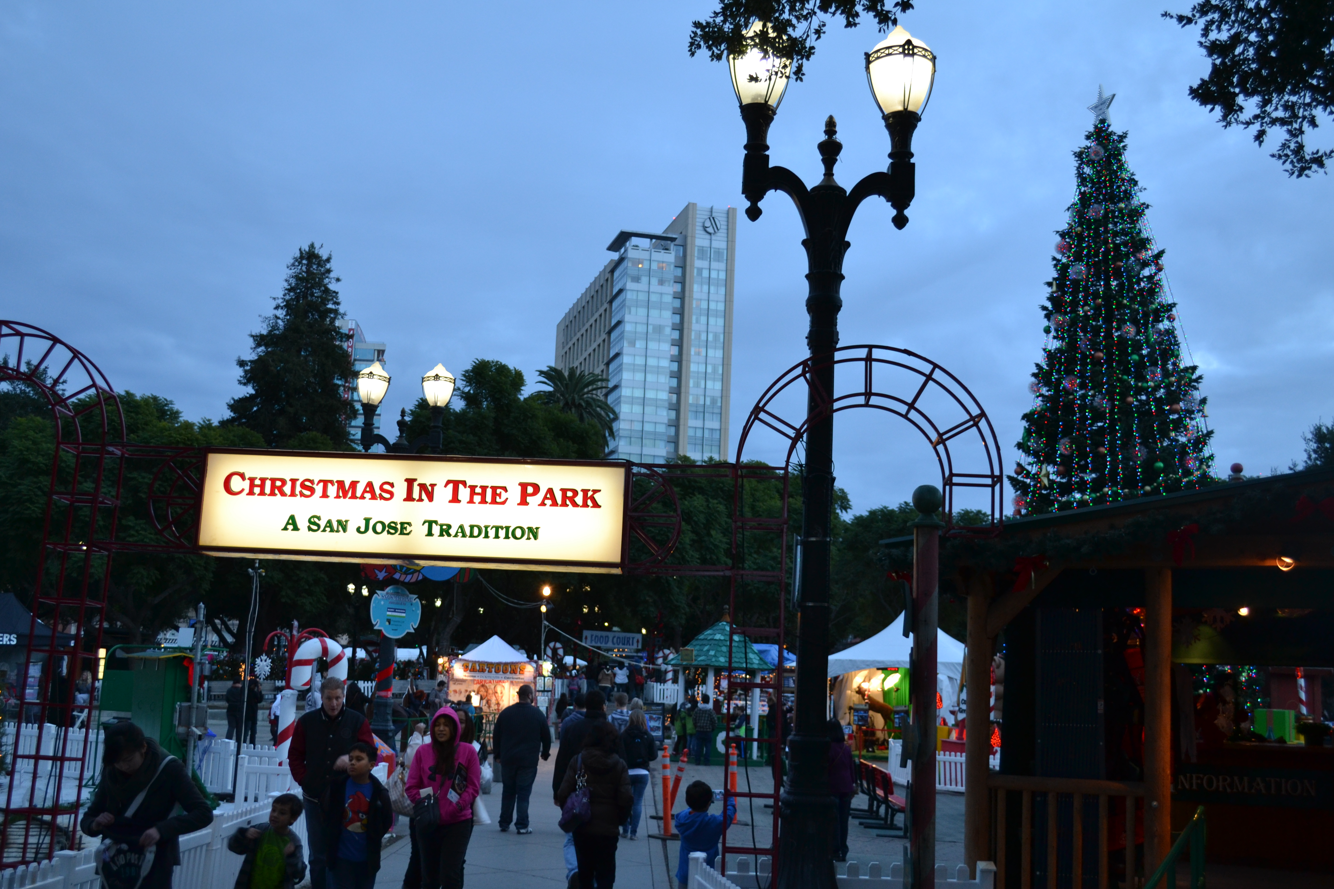 filechristmas in the park exhibit 6jpg - When Does Christmas In The Park Open