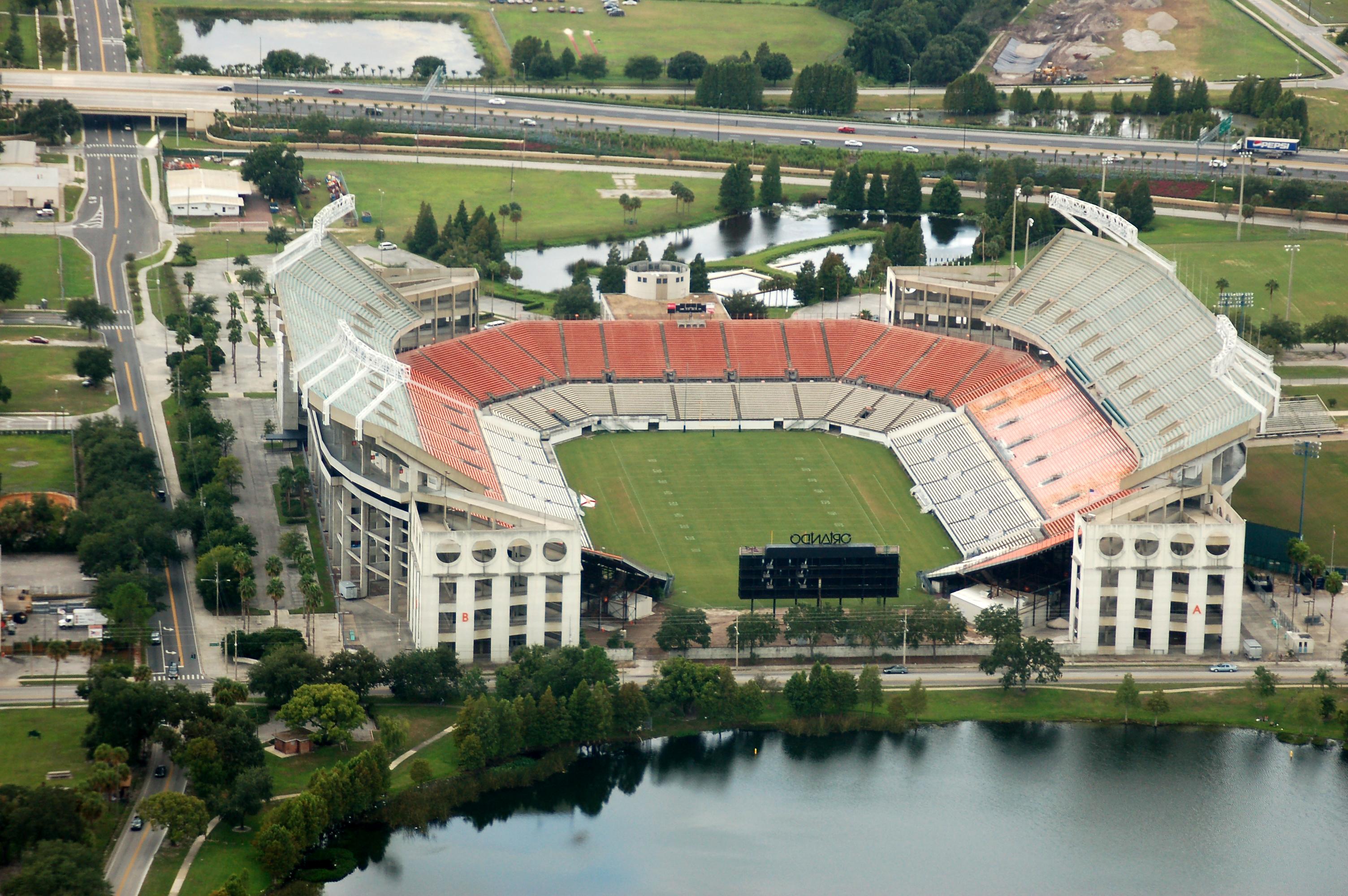 ... Citrus Bowl aerial view.jpg ...