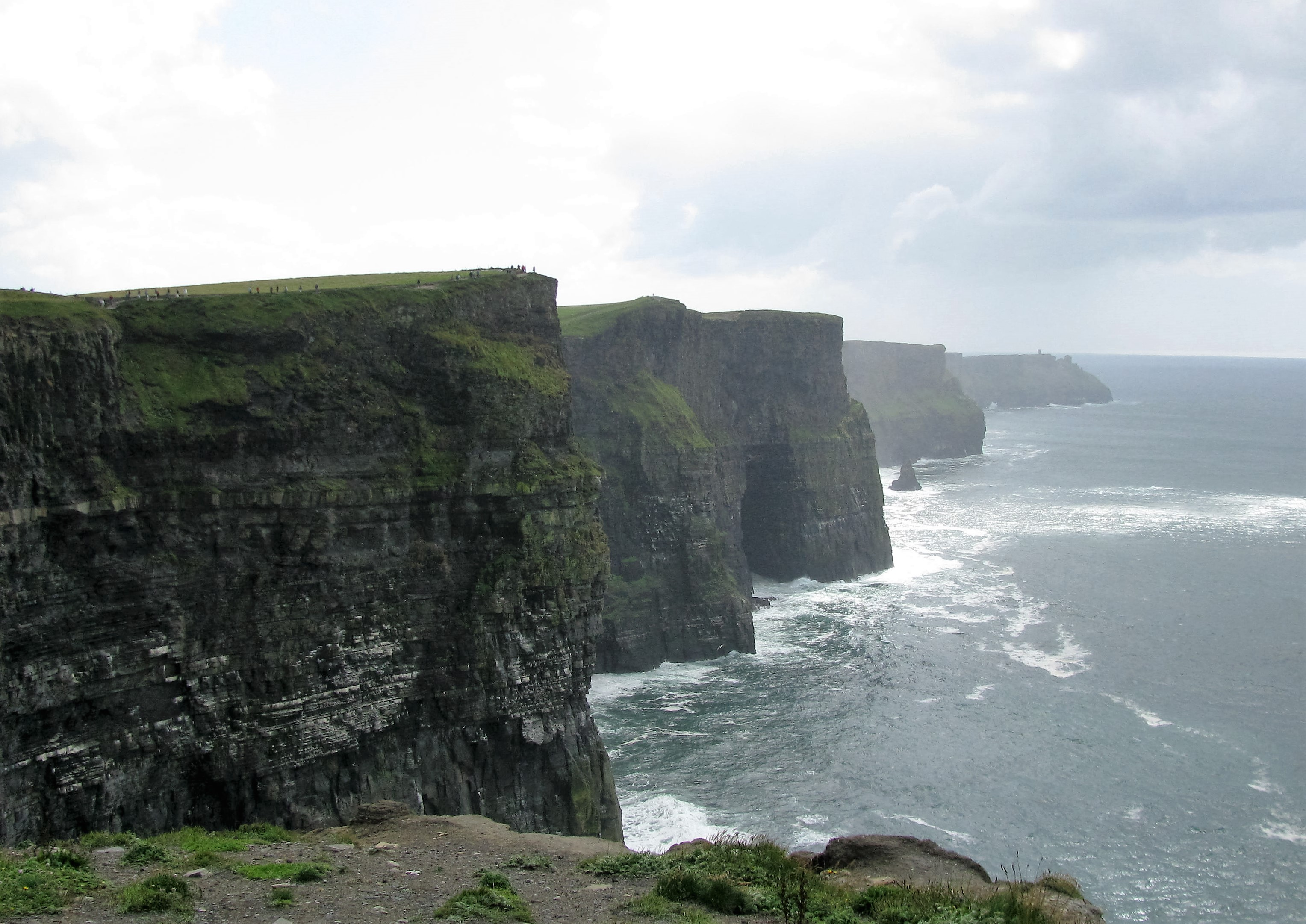 File cliffs of moher burren wikimedia commons - Cliffs of moher pictures ...