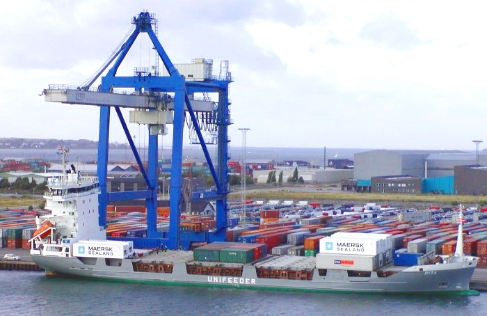 All of the containers on Rita have been loaded by similar cranes to this one in Port of Copenhagen