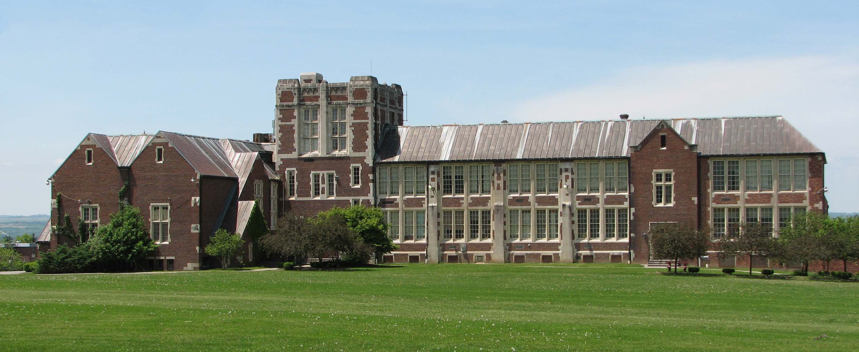 Description Doty Building at SUNY Geneseo.jpg