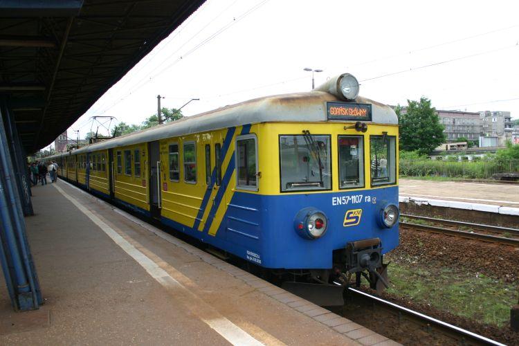 EN57-1107.jpg