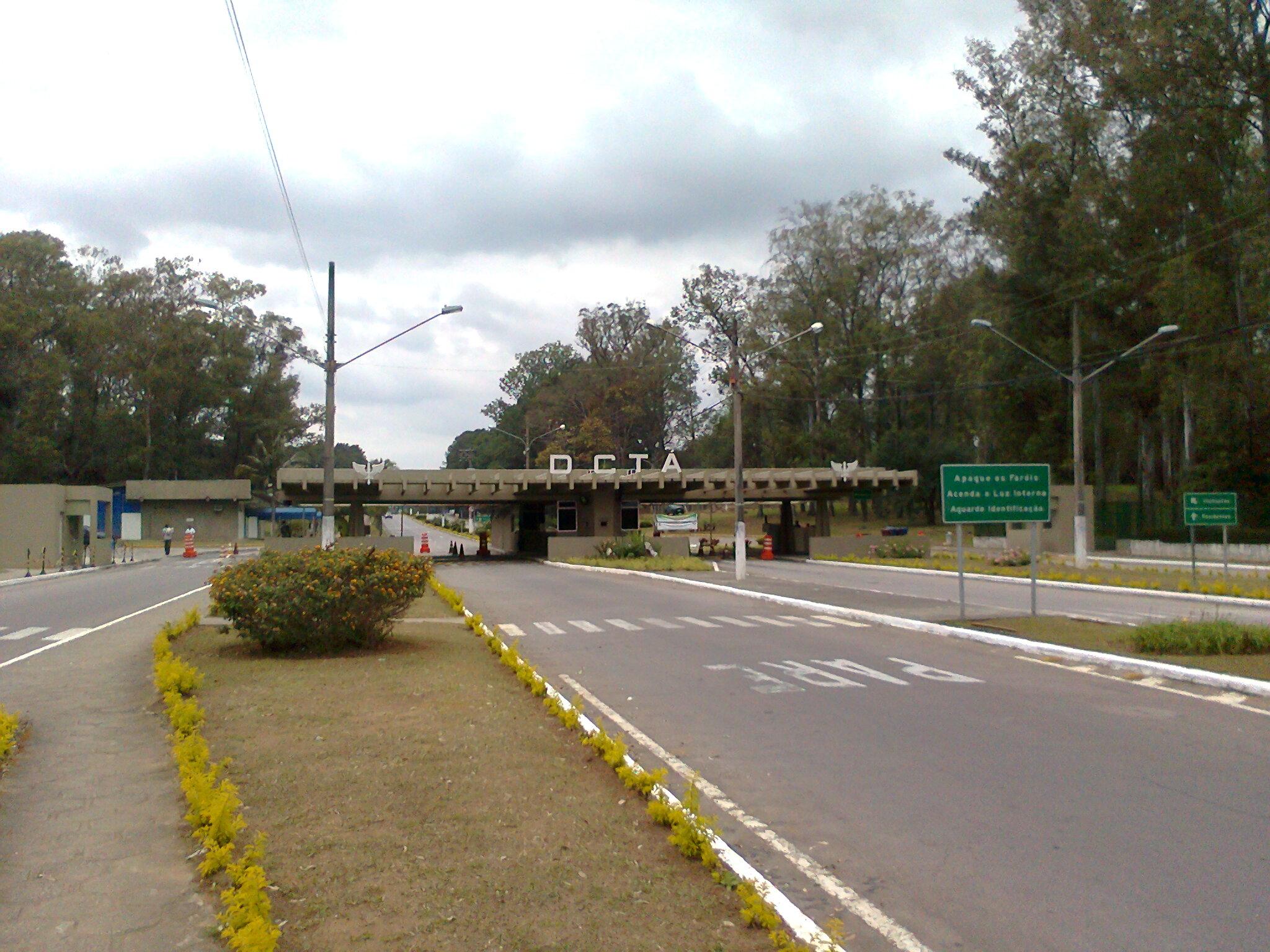 FileEntrada do DCTA  São José dos Campos  Brasiljpg  Wikimedia Commons -> Gabinete De Banheiro Sao Jose Dos Campos