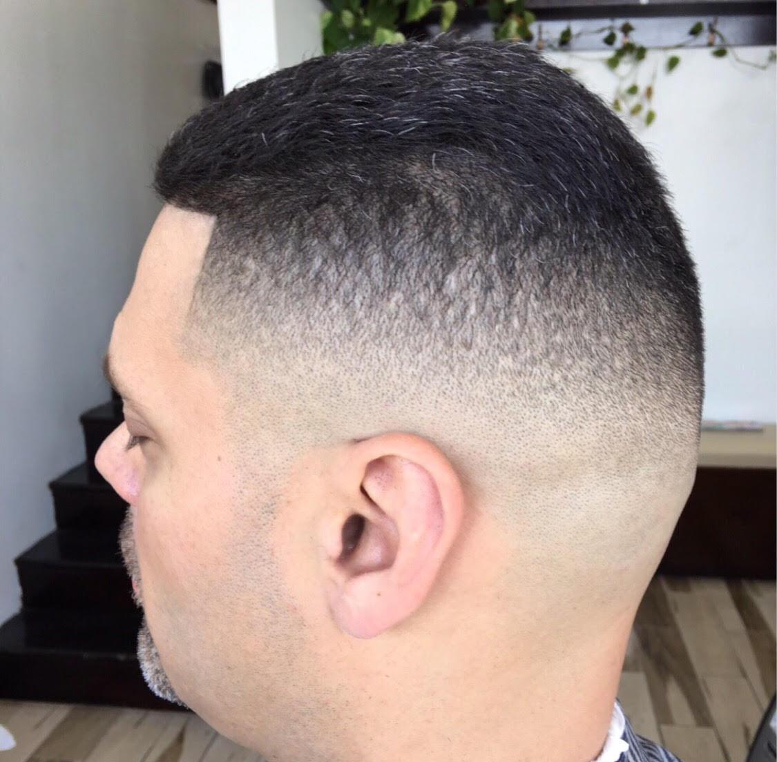 File Fade Hair Cut Jpg Wikimedia Commons