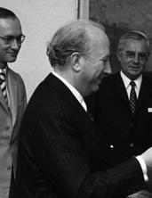 Francisco Javier Conde - Bundesarchiv B 145 Bild-F043486-0015, Bonn, Abkommen mit Spanien (cropped).jpg