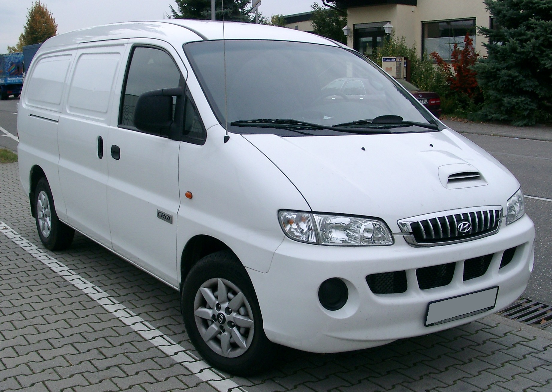 hyundai h 1 reviews hyundai h 1 car reviews. Black Bedroom Furniture Sets. Home Design Ideas