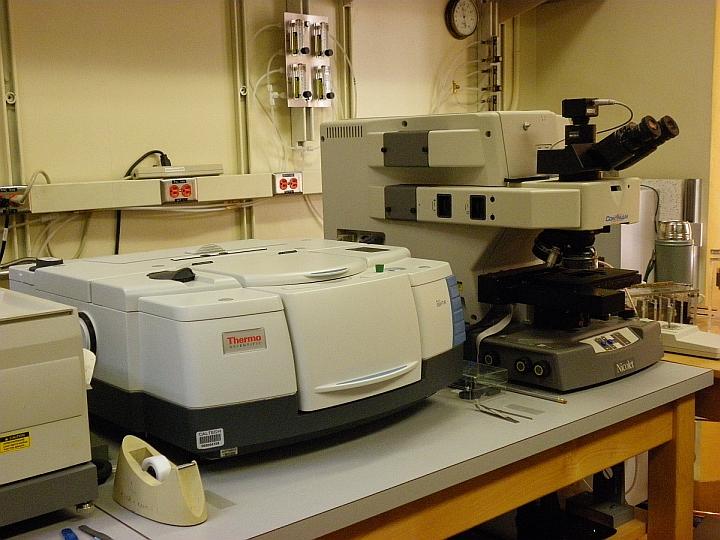 spettroscopia Raman datazione età minima per la datazione al radiocarbonio