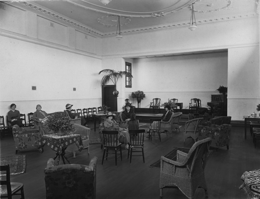 File:Karrakatta Club reading rooms 1920s.jpg