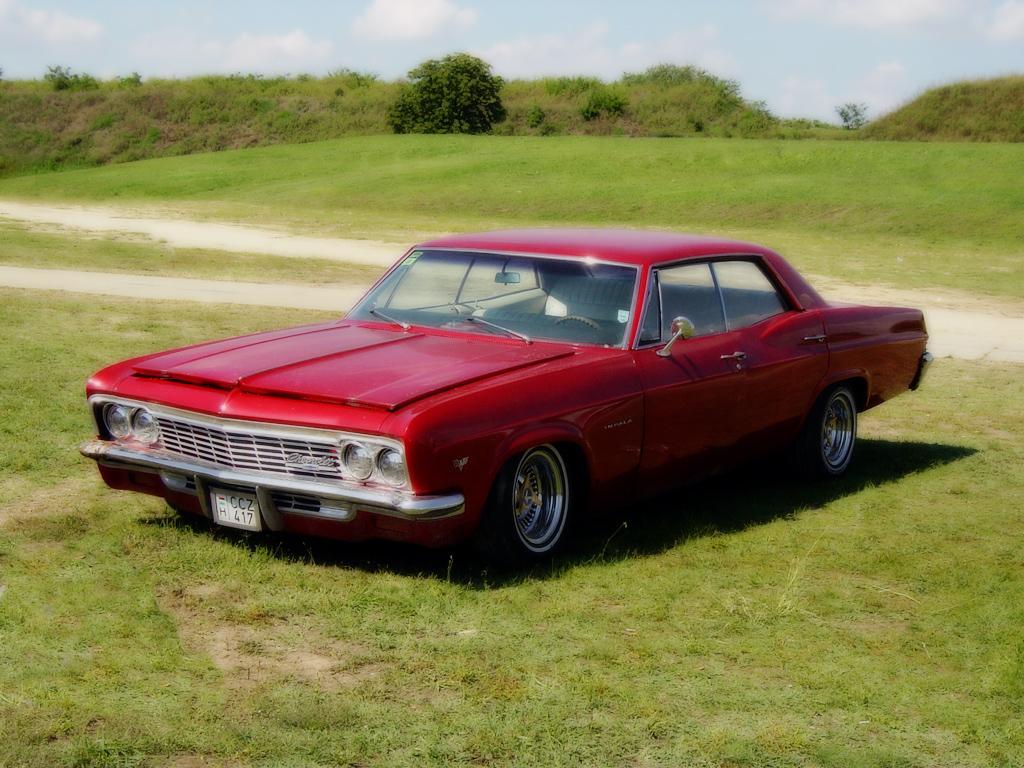 Impala 1966 chevrolet impala : File:Komárom USA autó tali - 1966 Chevrolet Impala Sports Sedan ...