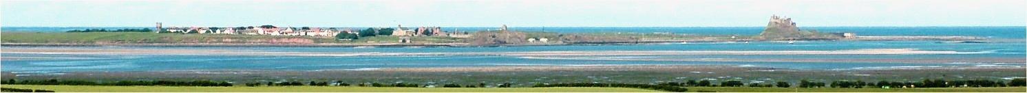Vista general de la isla de Lindisfarne en la actualidad