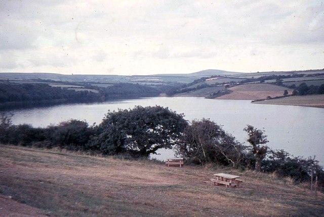 Llys-y-fran reservoir - geograph.org.uk - 673881