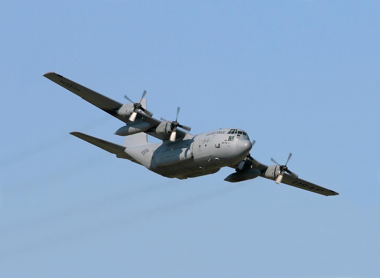 Lockheed C-130 Hercules (2142813455).jpg