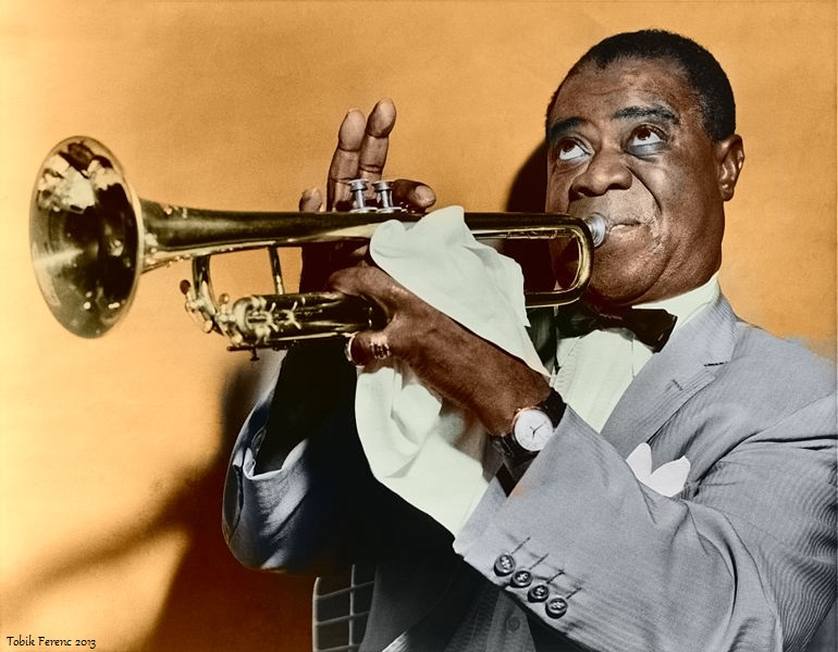 Fájl:Louis Armstrong restored (color version).jpg