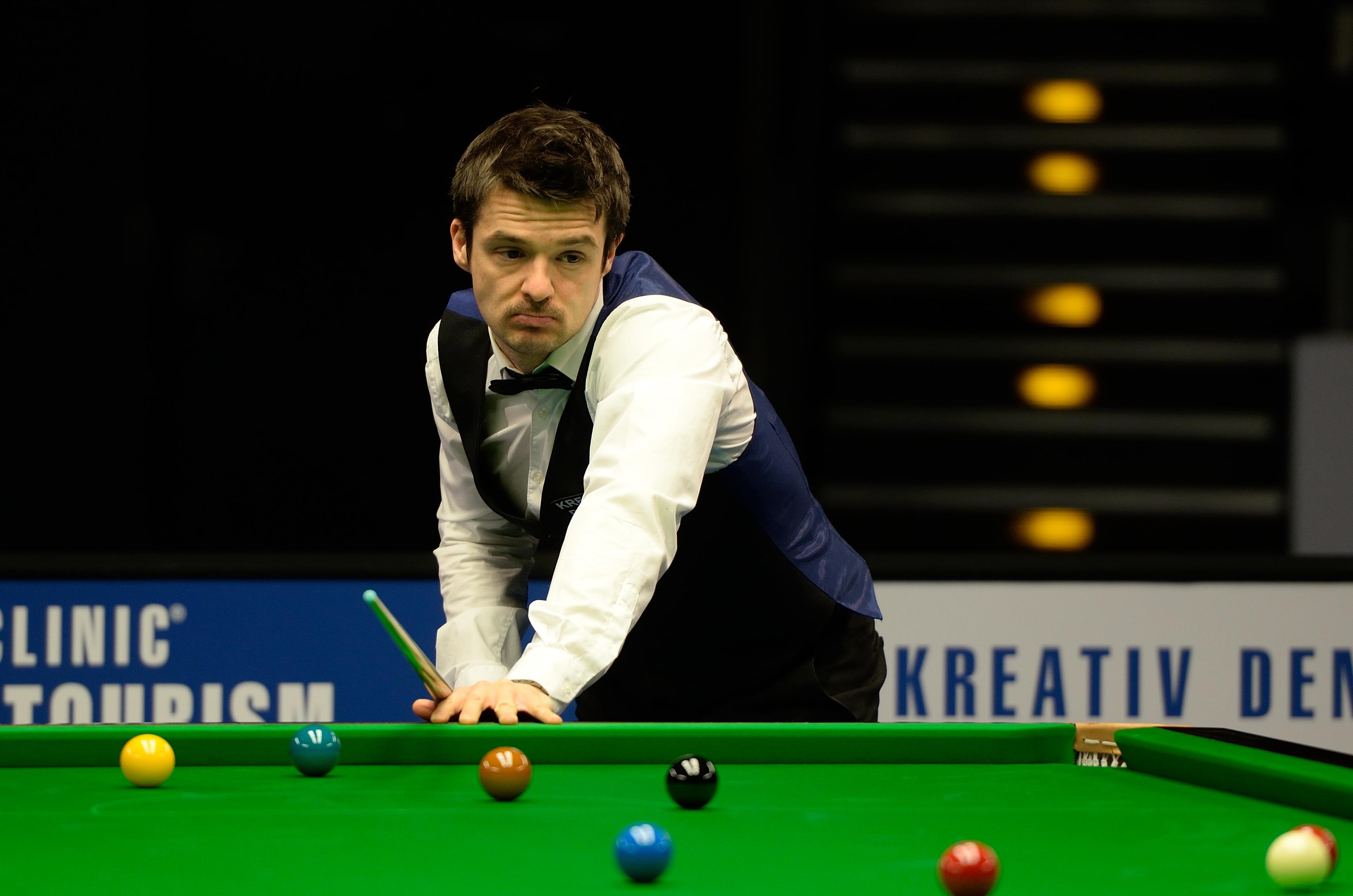 File:Michael Holt at Snooker German Masters (DerHexer) 2015-02-04 ...