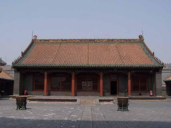 File:Mukden palace Qingning Palace02.jpg