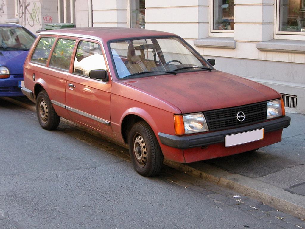 Ficheiro Opel Kadett D 2 V Sst Jpg Wikipedia A Enciclopedia Livre