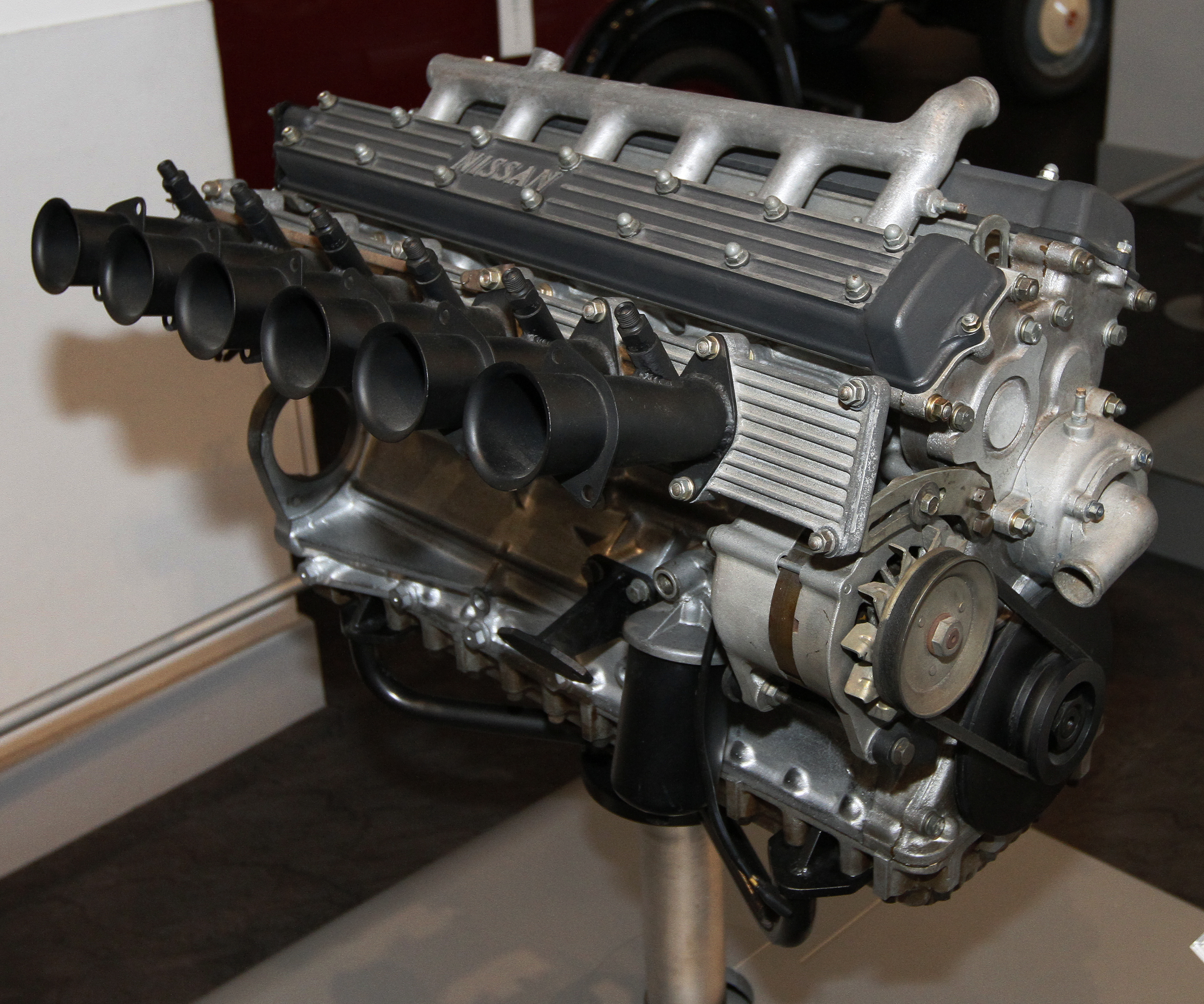 Prince_GR8_engine_Nissan_Engine_Museum.j