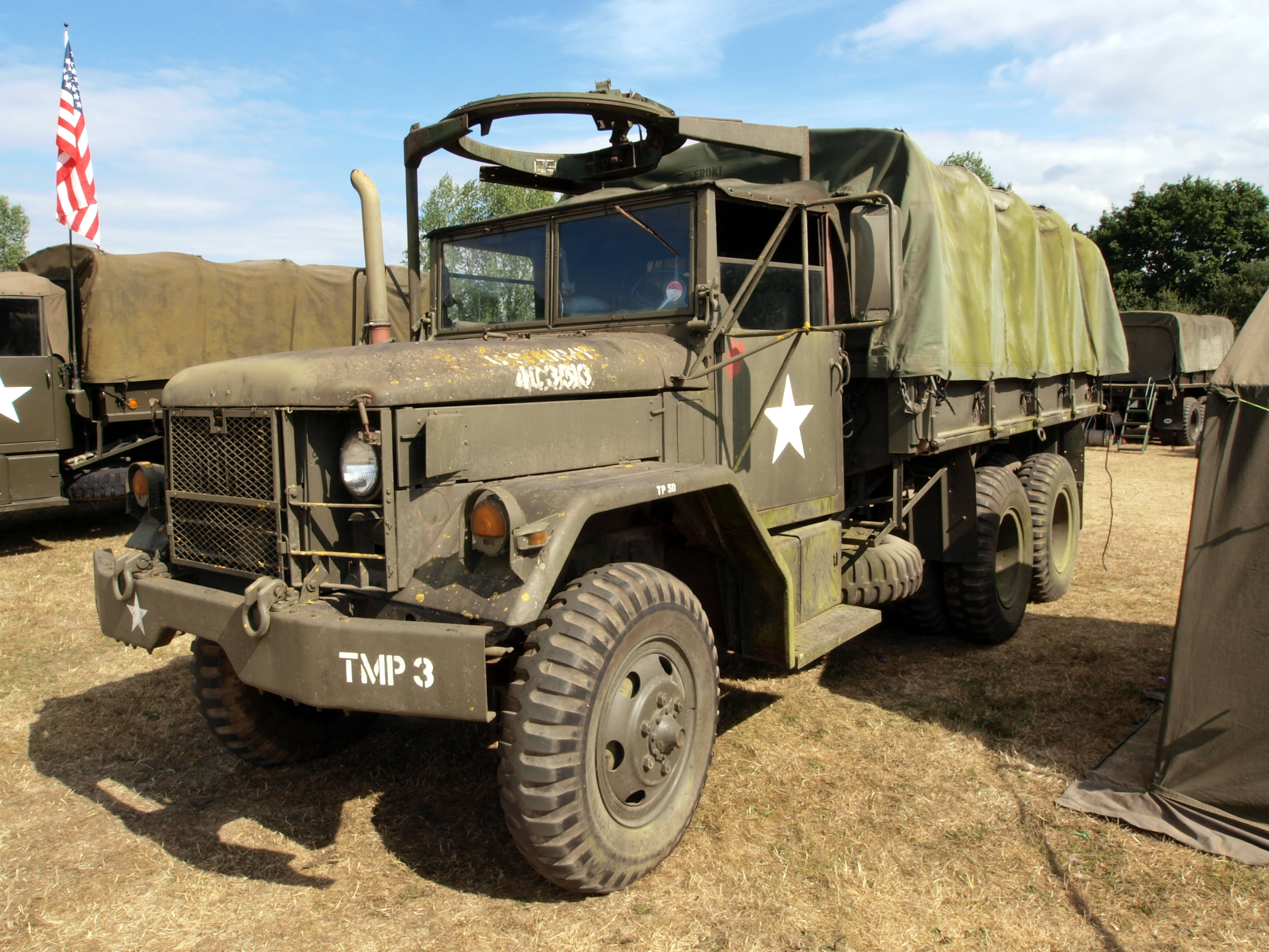 File REO  Kaiser  AM General M35A2 Deuce and a Half 6 C3 976 Military Truck pic3