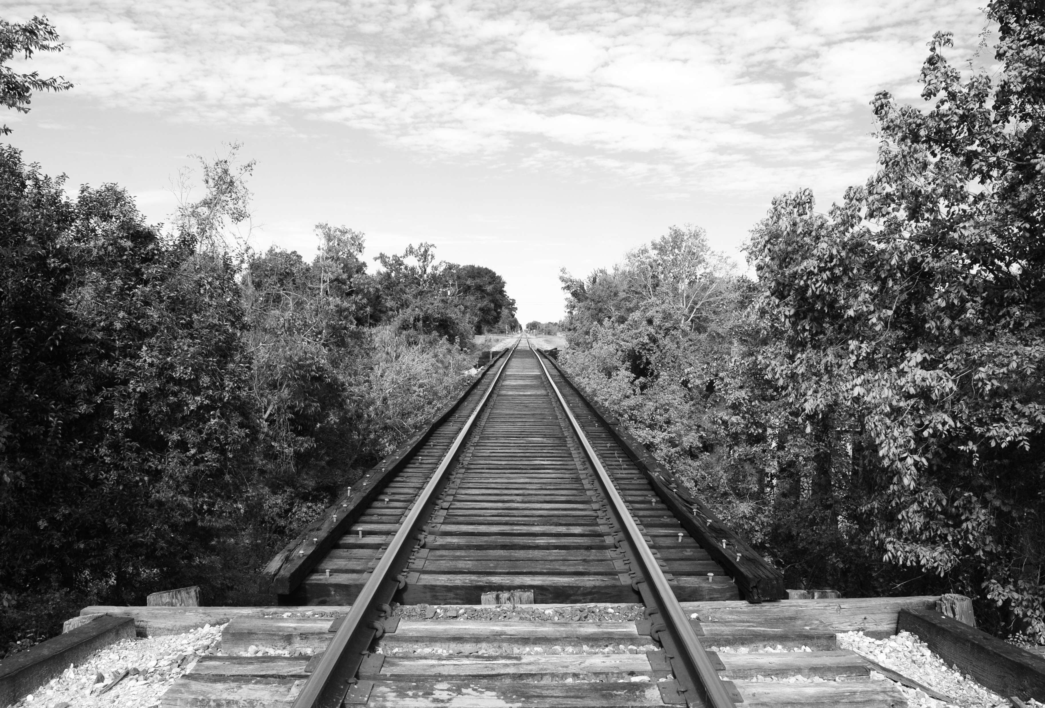 File:Railroad Bridge over Old Sims Bayou Channel, Houston ...