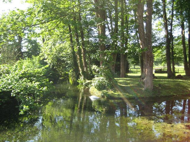 River Misbourne in Little Missenden - geograph.org.uk - 1897595