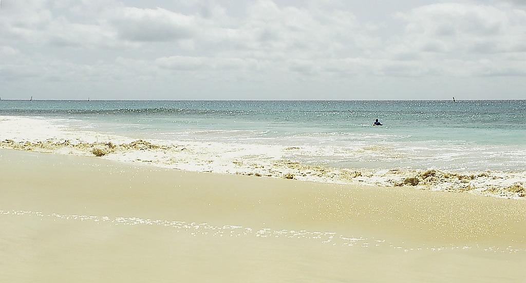 Playa de Santa María, en la isla de la Sal, Cabo Verde.