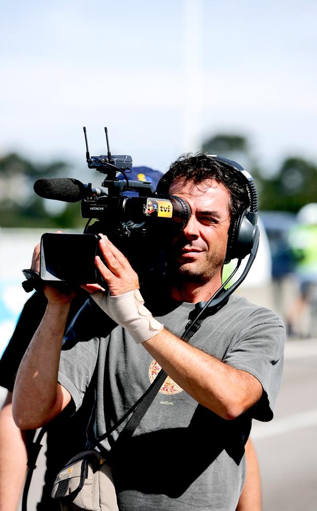 TVI_cameraman.jpg