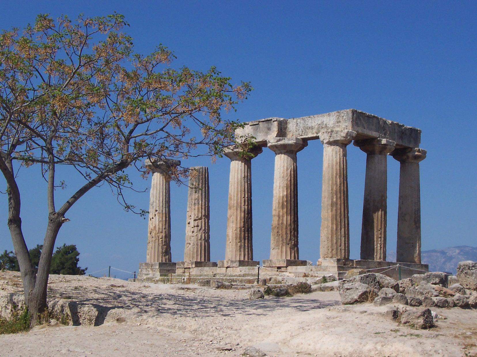 File:Temple of Apollo (Corinth).JPG