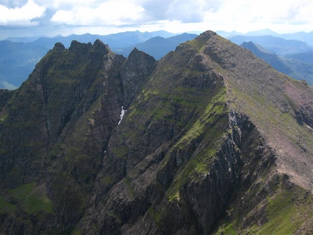 The Central Ridge of An Teallach - geograph.org.uk - 66461