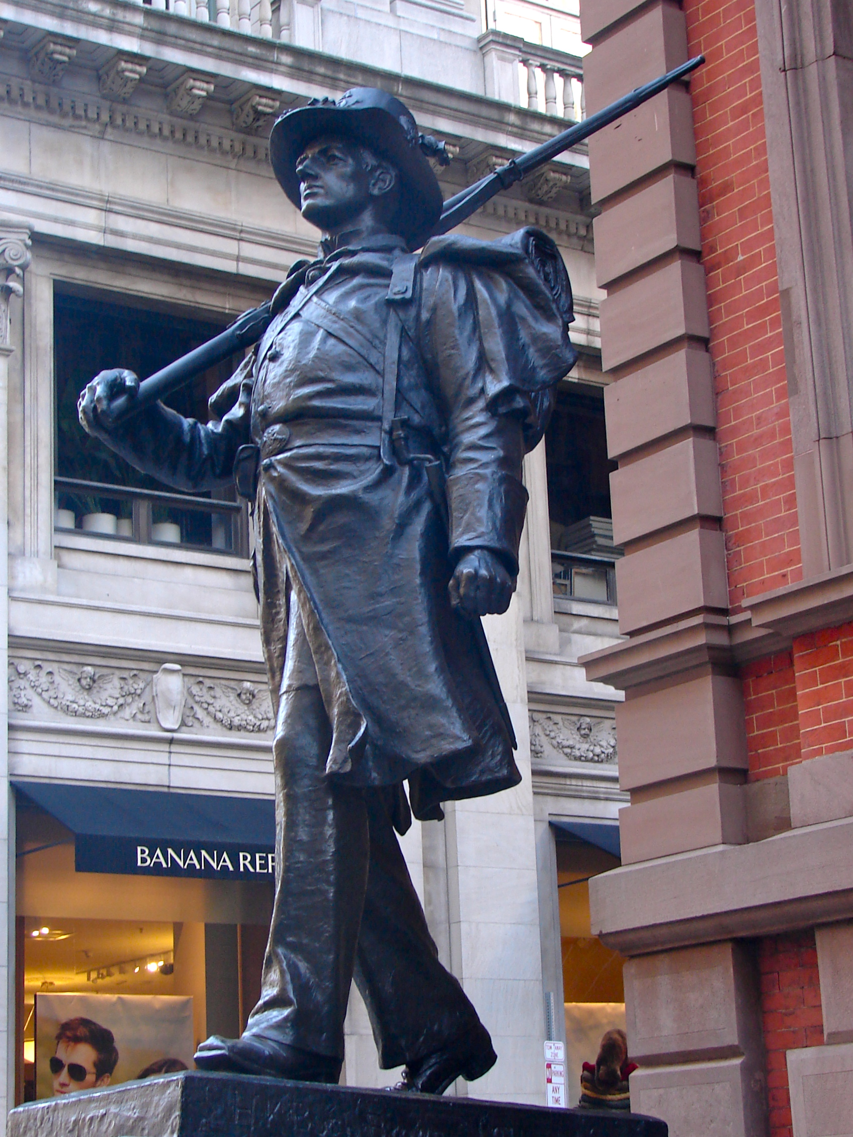 Union Club Philly Statue 1.jpg