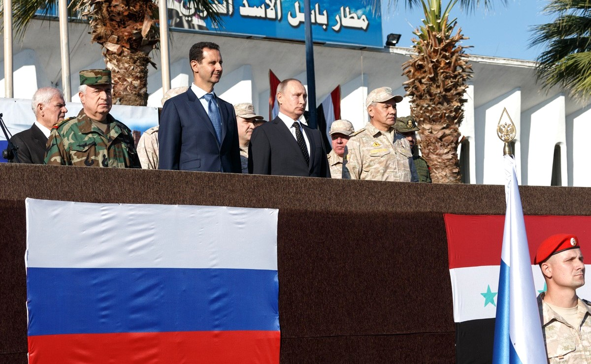 Vladimir Putin in Khmeimim Air Base in Syria (2017-12-11) 09.jpg