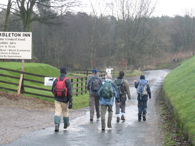 Walkers on the Cleveland Way - geograph.org.uk - 1583572