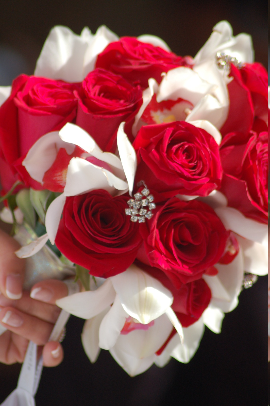 Top White Rose Bouquet Wedding Flowers 1064 x 1600 · 284 kB · jpeg