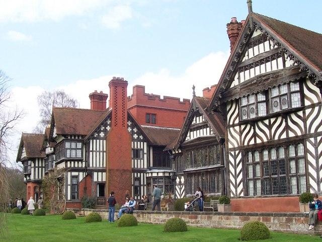 Wightwick Manor 02.jpg