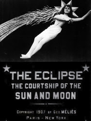l eclipse du soleil en pleine lune