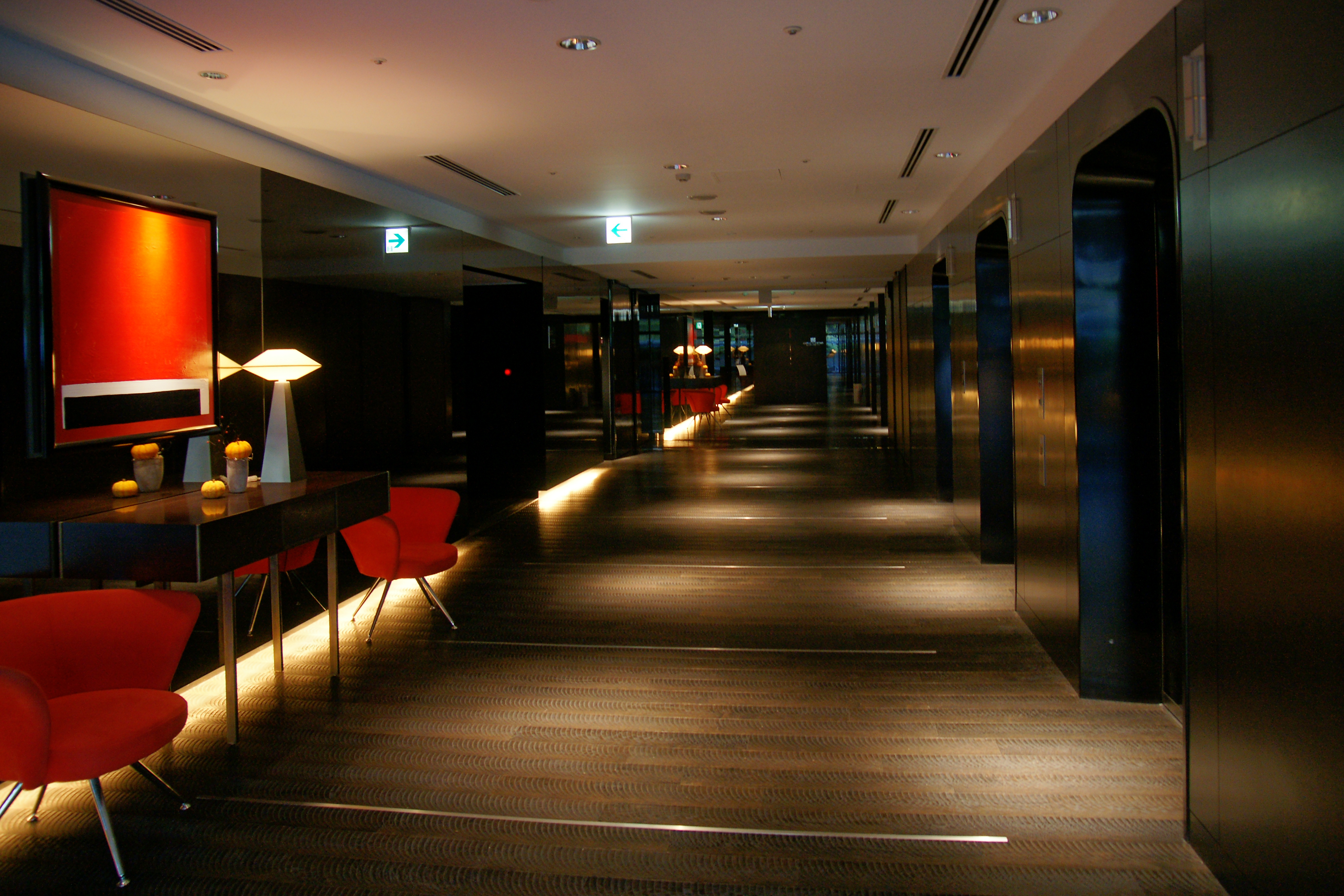 File 091012 Sapporo Grand Hotel Japan01ss Jpg Wikimedia Commons